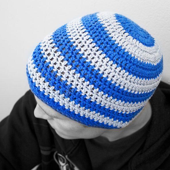 beanie-stipy-blue-grey